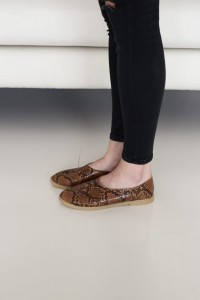BERRY WOMAN carmel snake  36-40